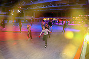 Mannheim. 03.11.17 | Eisdisco in der Eishalle.<br /> Neckarstadt. Leistungszentrum Eissport.<br /> Eisdisco in der Eislaufhalle.<br /> Zu Black, House 80er, 90er und aktuellen Charts über die Eisfläche tanzen, die neuesten Sprünge zeigen oder einfach Freunde treffen und mit ihnen Runden zu tollen Lichteffekten drehen.<br /> <br /> <br /> BILD- ID 22208 |<br /> Bild: Markus Prosswitz 03NOV17 / masterpress (Bild ist honorarpflichtig - No Model Release!)