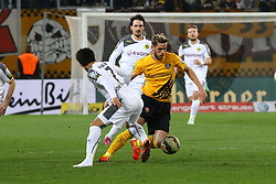 03.03.2015, Stadion Dresden, Dresden, GER, DFB Pokal, SG Dynamo Dresden vs Borussia Dortmund, Achtelfinale, im Bild Justin Eilers (#11, Dynamo Dresden) verlaedt Shinji Kagawa (#7, Borussia Dortmund) // SPO during German DFB Pokal last sixteen match between SG Dynamo Dresden and Borussia Dortmund at the Stadion Dresden in Dresden, Germany on 2015/03/03. EXPA Pictures &copy; 2015, PhotoCredit: EXPA/ Eibner-Pressefoto/ Hundt<br /> <br /> *****ATTENTION - OUT of GER*****