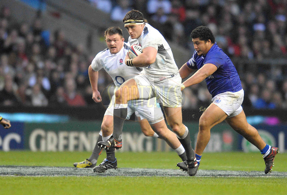 © SPORTZPICS / SECONDS LEFT IMAGES 2010 - Rugby Union - Investec Challenge - England v Samoa - 20/11/10 - England's Andrew Sheridan backed up by David Wilson (L) makes a charge up the middle late in the second half - at Twickenham Stadium UK - All rights reserved