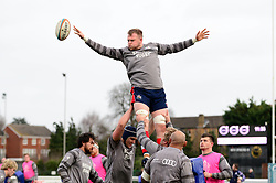 Bristol Rugby warm up - Mandatory by-line: Dougie Allward/JMP - 30/12/2017 - RUGBY - The Athletic Ground - Richmond, England - Richmond v Bristol Rugby - Greene King IPA Championship