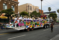 California: San Francisco Carnaval festival parade in the Mission District. Photo copyright Lee Foster. Photo # 30-casanf81321