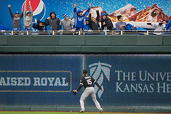 March 29, 2018 - Kansas City, MO, U.S. - KANSAS Kansas City, MO - MARCH 29: Chicago White Sox center fielder Adam Engel (15) watches fans react to a home run ball during the major league opening day game against the Kansas City Royals on March 29, 2018 at Kauffman Stadium in Kansas City, Missouri. (Photo by William Purnell/Icon Sportswire) (Credit Image: © William Purnell/Icon SMI via ZUMA Press)