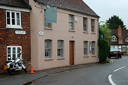 UK ENGLAND BERKSHIRE BRAY 28APR04 - Exterior view of The Fat Duck restaurant in the village of Bray, Berkshire. The Fat Duck recently won the second best award amongst the world's best restaurants and was awarded its third Michelin Star in January.....jre/Photo by Jiri Rezac for Bild am Sonntag....© Jiri Rezac 2004....Contact: +44 (0) 7050 110 417..Mobile:  +44 (0) 7801 337 683..Office:  +44 (0) 20 8968 9635....Email:   jiri@jirirezac.com..Web:    www.jirirezac.com....© All images Jiri Rezac 2004 - All rights reserved.
