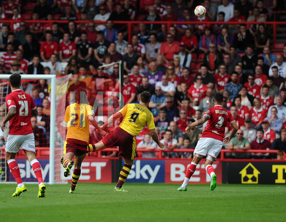 Sam Vokes of Burnley shoots high and wide  - Mandatory byline: Joe Meredith/JMP - 07966386802 - 29/08/2015 - FOOTBALL - Ashton Gate -Bristol,England - Bristol City v Burnley - Sky Bet Championship
