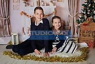 161119 Madeline, Max & Bentley Christmas Shoot