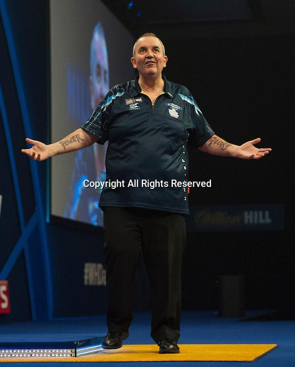 04.01.2015.  London, England.  William Hill PDC World Darts Championship.  Finals Night.