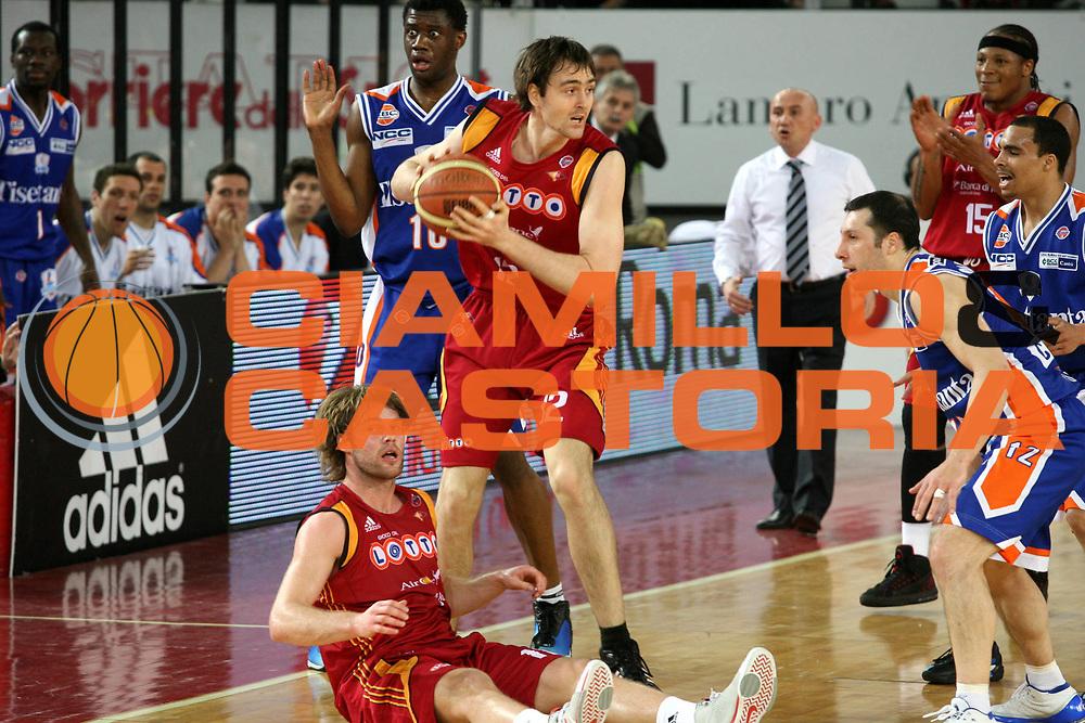 DESCRIZIONE : Roma Lega A1 2007-08 Lottomatica Virtus Roma Tisettanta Cantu <br /> GIOCATORE : Erazem Lorbek <br /> SQUADRA : Lottomatica Virtus Roma <br /> EVENTO : Campionato Lega A1 2007-2008 <br /> GARA : Lottomatica Virtus Roma Tisettanta Cantu <br /> DATA : 22/03/2008 <br /> CATEGORIA : <br /> SPORT : Pallacanestro <br /> AUTORE : Agenzia Ciamillo-Castoria/G.Ciamillo