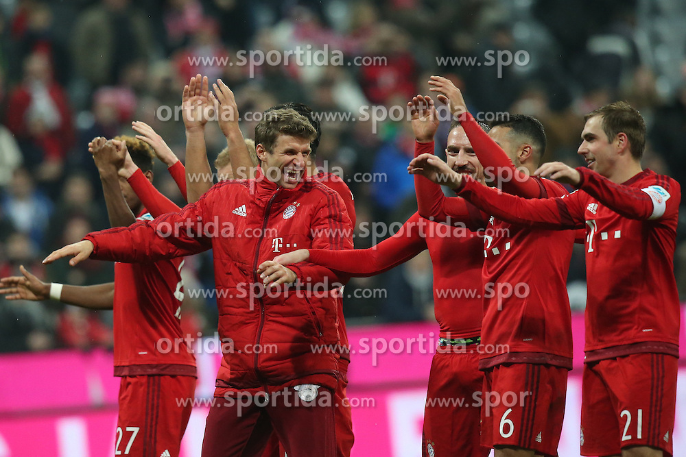 12.03.2016, Allianz Arena, Muenchen, GER, 1. FBL, FC Bayern Muenchen vs SV Werder Bremen, 26. Runde, im Bild Thomas Mueller (FC Bayern Muenchen) nach dem 5:0 Sieg gluecklich // during the German Bundesliga 26th round match between FC Bayern Munich and SV Werder Bremen at the Allianz Arena in Muenchen, Germany on 2016/03/12. EXPA Pictures &copy; 2016, PhotoCredit: EXPA/ Eibner-Pressefoto/ Langer<br /> <br /> *****ATTENTION - OUT of GER*****
