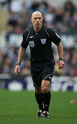 NEWCASTLE, ENGLAND - Saturday, March 5, 2011: Referee Howard Webb takes charge of Newcastle United versus Everton during the Premiership match at St. James' Park. (Photo by David Rawcliffe/Propaganda)