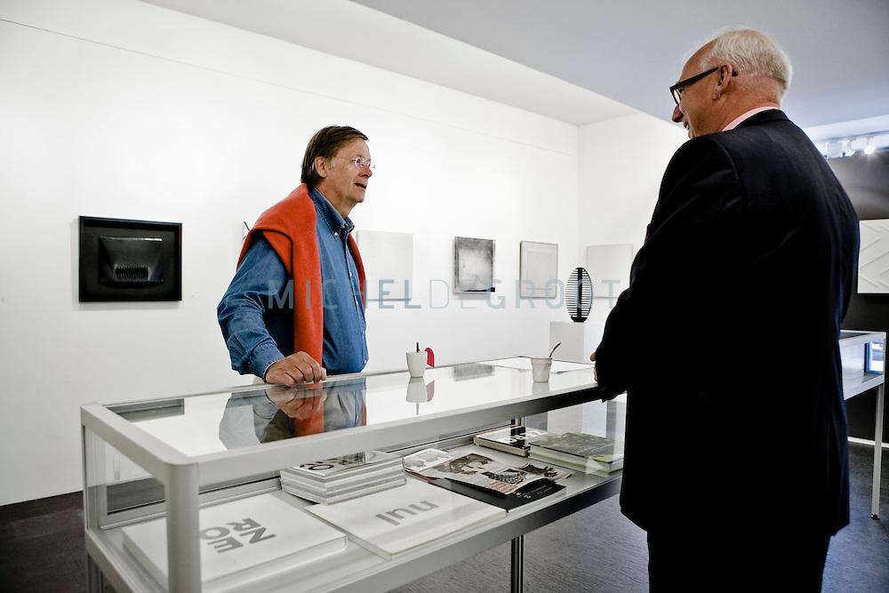 Henk Breukink, beroepscommissaris (ING) en coach bij Top Executive Counseling in Galerie De Rijk in Den Haag, Netherlands op 06 June, 2009. (Photo by Michel de Groot)