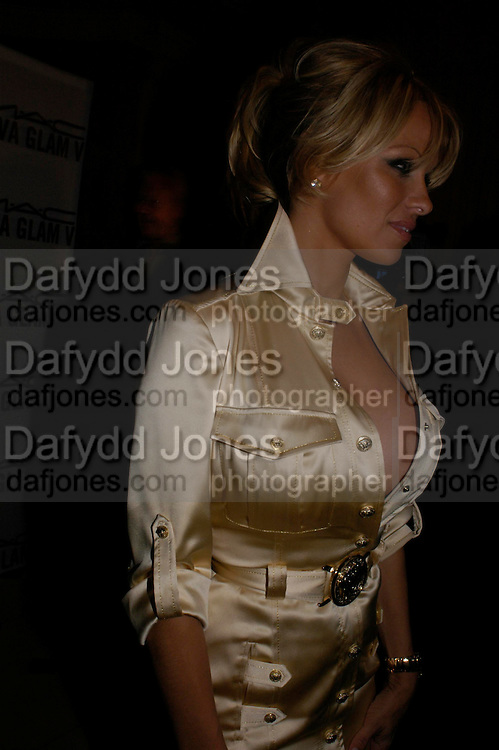 Pamela Anderson. Selfridges Las Vegas dinner hosted by  hon Galen , Hillary Weston and Allanah Weston. Selfridges Oxford St. 20 April 2005. ONE TIME USE ONLY - DO NOT ARCHIVE  © Copyright Photograph by Dafydd Jones 66 Stockwell Park Rd. London SW9 0DA Tel 020 7733 0108 www.dafjones.com
