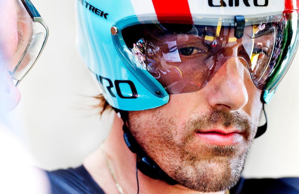 Belgie, Luik, 30-06-2012.<br /> Wielrennen, Tour de France, Proloog.<br /> Fabian Cancellara concentreert zich enkele seconden voor zijn start.<br /> Foto: Klaas Jan van der Weij