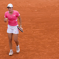 03 June 2007: Belgian player Justine Henin pumps his fist during the French Tennis Open fourth round match, won 6-2, 6-4 by Justine Henin against Sybille Bammer, on day 8 at Roland Garros, in Paris, France.