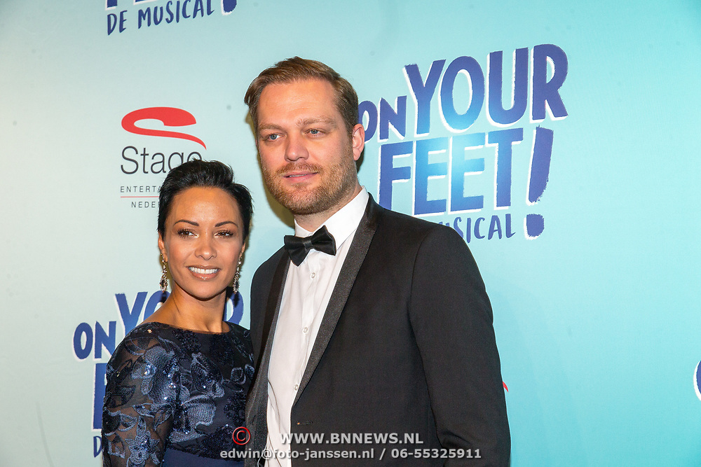 NLD/Utrecht/20171029 - Premiere Musical On Your Feet, Sonja Silva en partner Pycke Pos