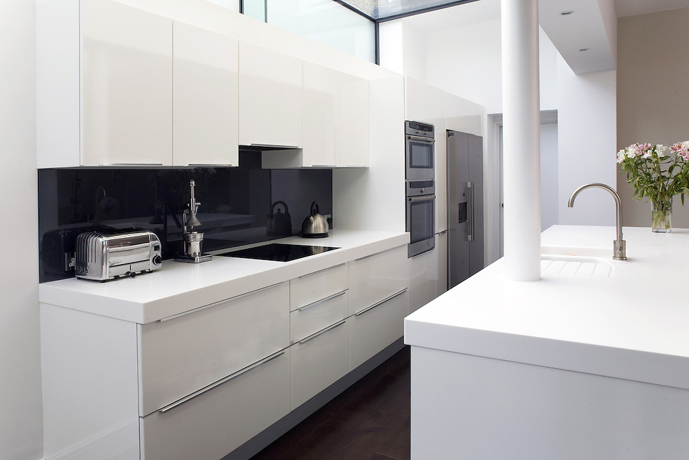Domestic kitchen installation for a Chiswick development