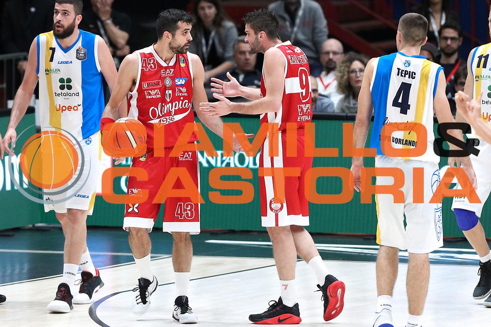 Simon Krunoslav e Kalnietis Mantas, EA7 Emporio Armani Milano vs Capo d'Orlando LBA Serie A Playoff gara 1 stagione 2016/2017 Mediolanum Forum Assago, Milano 12 maggio 2017