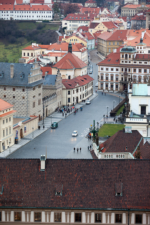 Hradschiner Platz vom Turm des Doms aus gesehen.