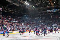 REGINA, SK - MAY 25: The Regina Pats salute the fans after the win against the Hamilton Bulldogs at the Brandt Centre on May 25, 2018 in Regina, Canada. (Photo by Marissa Baecker/CHL Images)