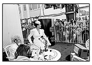 Joan Collins and members of the public at Derby Day. Epson. 4/6/86 Film 86407f24<br /> © Copyright Photograph by Dafydd Jones<br /> 66 Stockwell Park Rd. London SW9 0DA<br /> Tel 0171 733 0108 dafjones.com