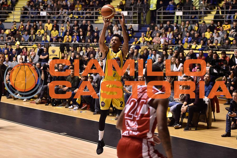 Garrett Diante Maurice<br /> FIAT Torino - EA7 Emporio Armani Milano<br /> Lega Basket Serie A 2017-2018<br /> Torino 10/12/2017<br /> Foto M.Matta/Ciamillo & Castoria