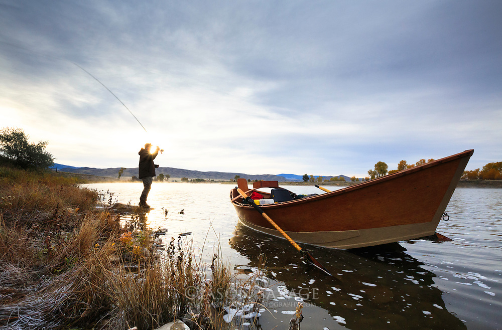 A cool crisp morning on the Missouri River near Townsend, Montana.