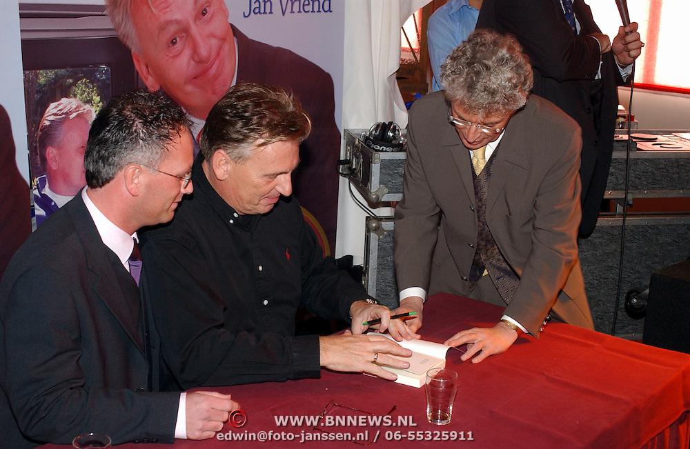 Boekpresentatie Henny Huisman AZ Stadion, en Gerard Joling, Jacques d'Ancona