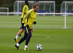 October 31, 2017 - Enfield, England, United Kingdom - Tottenham Hotspur's Harry Kane.during a Tottenham Hotspur training session ahead of the UEFA Champions League Group H match against Real Madrid  at Tottenham Hotspur Training centre on 31 Oct , 2017 in Enfield, England. (Credit Image: © Kieran Galvin/NurPhoto via ZUMA Press)