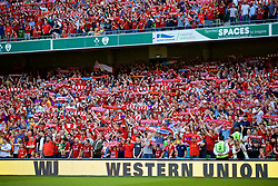 "DUBLIN, REPUBLIC OF IRELAND - Saturday, August 4, 2018: Liverpool supporters sing ""You'll Never Walk Alone"" before the preseason friendly match between SSC Napoli and Liverpool FC at Landsdowne Road. (Pic by David Rawcliffe/Propaganda)"