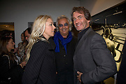 TAMARA BECKWITH, FLAVIO BRIATORE AND TIM JEFFERIES. Kevin Lynch: Octagon - private view Hamiltons Gallery, 13 Carlos Place, London, W1, 17 January 2008. -DO NOT ARCHIVE-© Copyright Photograph by Dafydd Jones. 248 Clapham Rd. London SW9 0PZ. Tel 0207 820 0771. www.dafjones.com.