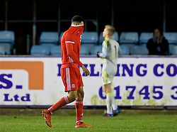 RHYL, WALES - Wednesday, November 14, 2018: Wales' Ben Cabango shows a look of dejection following a 1-2 defeat in the UEFA Under-19 Championship 2019 Qualifying Group 4 match between Wales and Scotland at Belle Vue. Luke Jephcott, captain Ryan Reynolds, Christian Norton Joseph Adams, Brennan Johnson (Pic by Paul Greenwood/Propaganda)