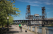 Bicycling Portland's Esplanade-Tom McCall waterfront loop & Springwater trail past Oaks bottom wildlife refuge