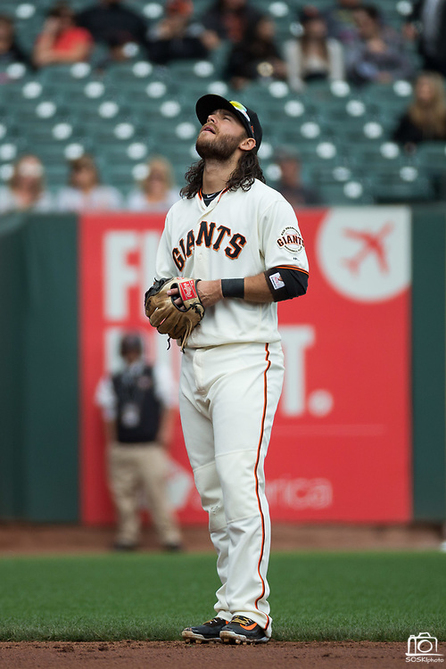 San Francisco Giants shortstop Brandon Crawford (35) looks to the sky during a MLB game against the Colorado Rockies at AT&T Park in San Francisco, California, on September 20, 2017. (Stan Olszewski/Special to S.F. Examiner)