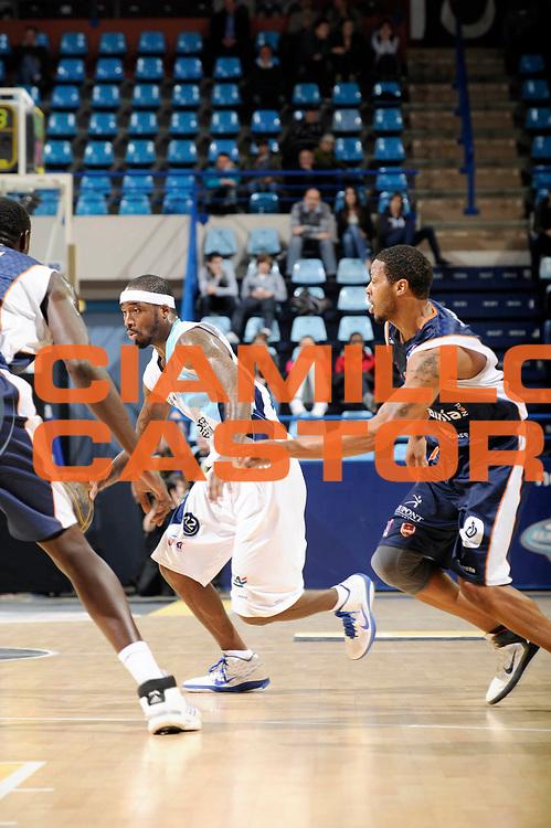 DESCRIZIONE : Championnat de France Basket Ligue Pro A  Semaine des As a Pau<br /> GIOCATORE : Davis Ricky<br /> SQUADRA : Roanne<br /> EVENTO : Ligue Pro A  2010-2011<br /> GARA : Roanne Gravelines<br /> DATA : 10/02/2011<br /> CATEGORIA : Basketball France Ligue Pro A<br /> SPORT : Basketball<br /> AUTORE : JF Molliere par Agenzia Ciamillo-Castoria <br /> Galleria : France Basket 2010-2011 Action<br /> Fotonotizia : Championnat de France Basket Ligue Pro A Semaine des As Quart Finale a Pau