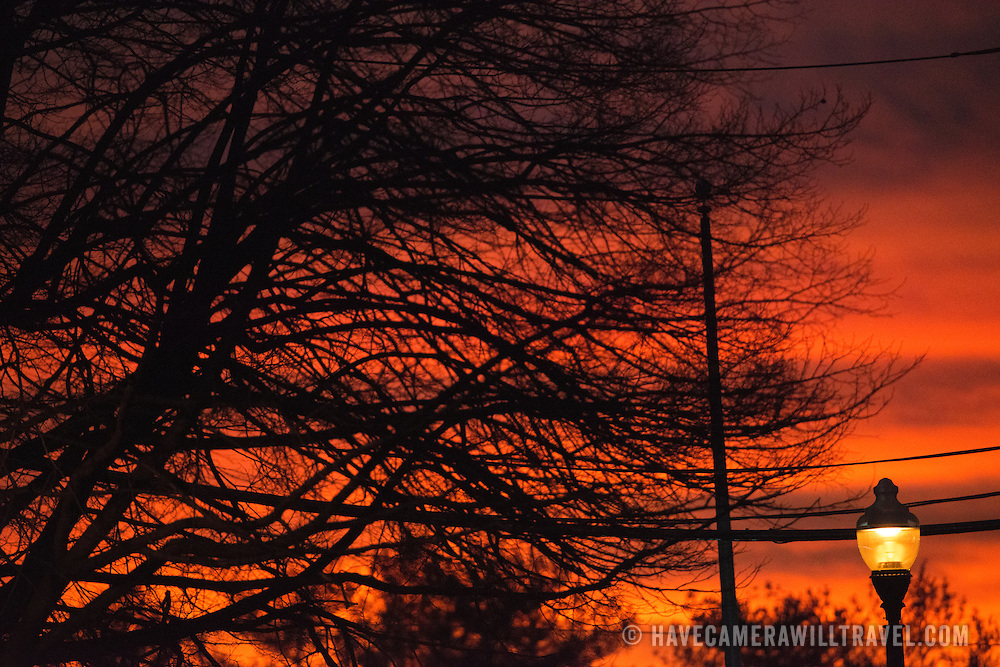 A beautiful, colorful sunset in Arlington, Virginia. As shot--no post-processing applied.