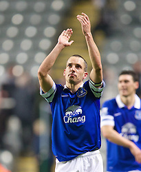 25.03.2014, St. James Park, Newcastle, ENG, Premier League, Newcastle United vs FC Everton, 28. Runde, im Bild Everton's goal-scorer Leon Osman celebrates after his side's 3-0 victory over Newcastle United // during the English Premier League 28th round match between Newcastle United and Everton FC at the St. James Park in Newcastle, Great Britain on 2014/03/25. EXPA Pictures © 2014, PhotoCredit: EXPA/ Propagandaphoto/ David Rawcliffe<br /> <br /> *****ATTENTION - OUT of ENG, GBR*****