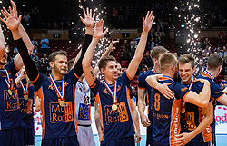 12-05-2019 NED: Abiant Lycurgus - Achterhoek Orion, Groningen<br /> Final Round 5 of 5 Eredivisie volleyball, Orion wins Dutch title after thriller against Lycurgus 3-2 / Orion celebrate