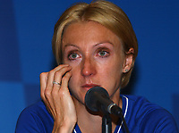 Paula Radcliffe during her press conferance explaining her disappointment at withdrawing mid way through the marathon, Athens Olympics, 23/08/2004. Credit: Colorsport / Matthew Impey DIGITAL FILE ONLY
