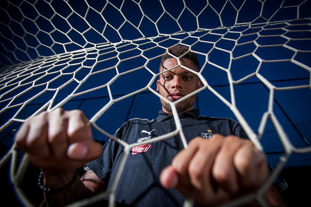 Vespasiano_MG, Brasil.<br /> <br /> Fotos do atacante do Atletico Mineiro Andre, no centro de treinamento do clube na regiao metropolitana de BH.<br /> <br />  Atletico Mineiro soccer player Andre, at the clubs training center in the metropolitan region of Belo Horizonte.<br /> <br /> Foto: ALEXANDRE MOTA / NITRO