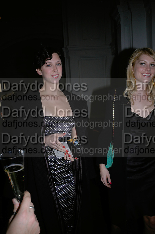 MARGOT STILLEY AND MEREDITH OSTRON , Cos Collection launch. Launch of new Hennes And Mauritz brand. Royal academy of Arts. Burlington Place. london. 14 march 2007.  -DO NOT ARCHIVE-© Copyright Photograph by Dafydd Jones. 248 Clapham Rd. London SW9 0PZ. Tel 0207 820 0771. www.dafjones.com.