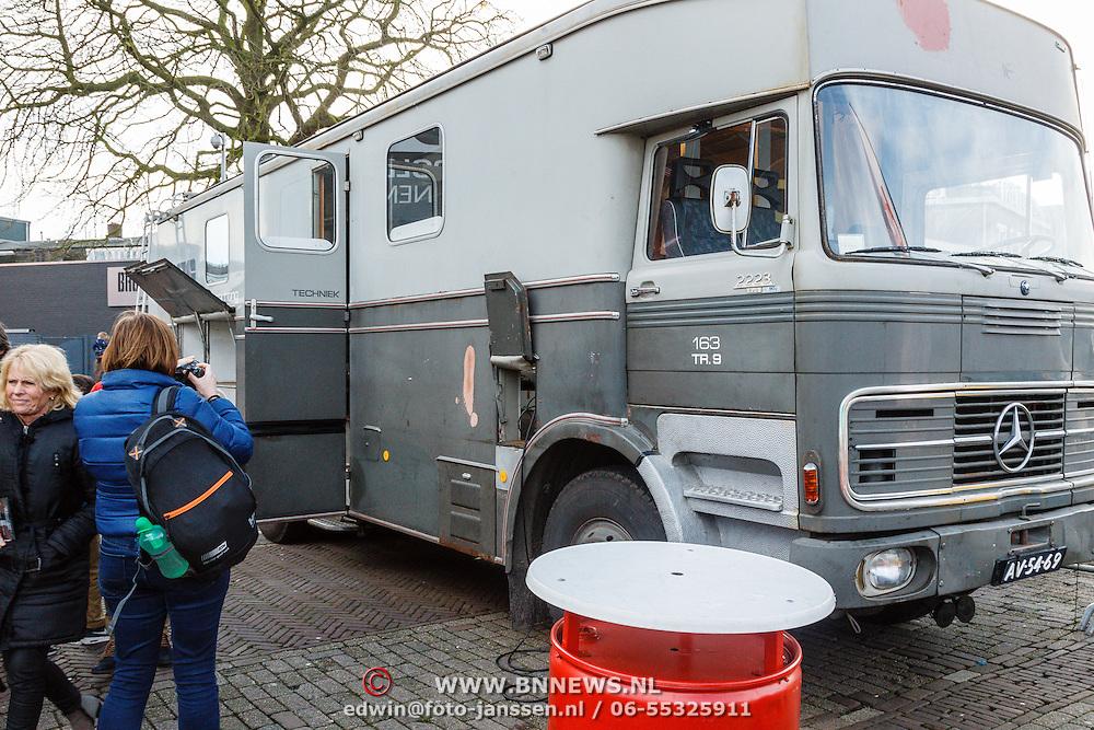 NLD/Hilversum/20160110 - NOS Journaal bestaat60 jaar en viert dit met Festival van het Nieuws, oude regiewagen uit de jaren 70
