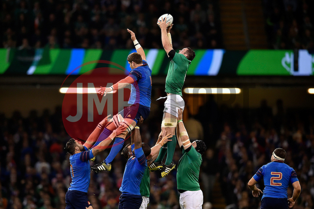 Peter O'Mahony of Ireland wins the ball at a lineout - Mandatory byline: Patrick Khachfe/JMP - 07966 386802 - 11/10/2015 - RUGBY UNION - Millennium Stadium - Cardiff, Wales - France v Ireland - Rugby World Cup 2015 Pool D.