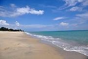 A 118 Km o 2 horas de la ciudad de Panamá, encontramos las azules aguas de Playa Santa Clara(Victoria Murillo/Istmophoto)