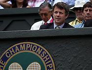 Wimbledon 2010,Sport, Tennis, ITF Grand Slam Tournament,  Crown Prince Frederik of Denmark als Zuschauer auf der Tribuene..Foto: Juergen Hasenkopf..