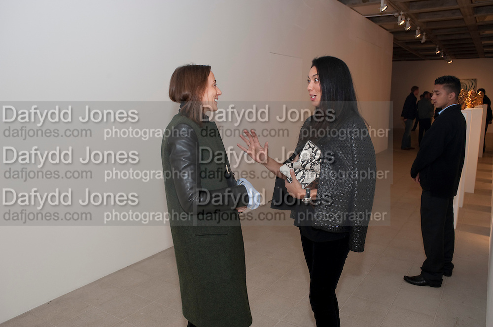 PHOEBE PHILO; TRACY LOWRY, George Condo: Mental States. Hayward Gallery. Southbank Rd. London. 17 October 2011. <br /> <br />  , -DO NOT ARCHIVE-© Copyright Photograph by Dafydd Jones. 248 Clapham Rd. London SW9 0PZ. Tel 0207 820 0771. www.dafjones.com.