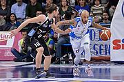 DESCRIZIONE : Campionato 2015/16 Serie A Beko Dinamo Banco di Sardegna Sassari - Dolomiti Energia Trento<br /> GIOCATORE : David Logan<br /> CATEGORIA : Palleggio Contropiede<br /> SQUADRA : Dinamo Banco di Sardegna Sassari<br /> EVENTO : LegaBasket Serie A Beko 2015/2016<br /> GARA : Dinamo Banco di Sardegna Sassari - Dolomiti Energia Trento<br /> DATA : 06/12/2015<br /> SPORT : Pallacanestro <br /> AUTORE : Agenzia Ciamillo-Castoria/L.Canu