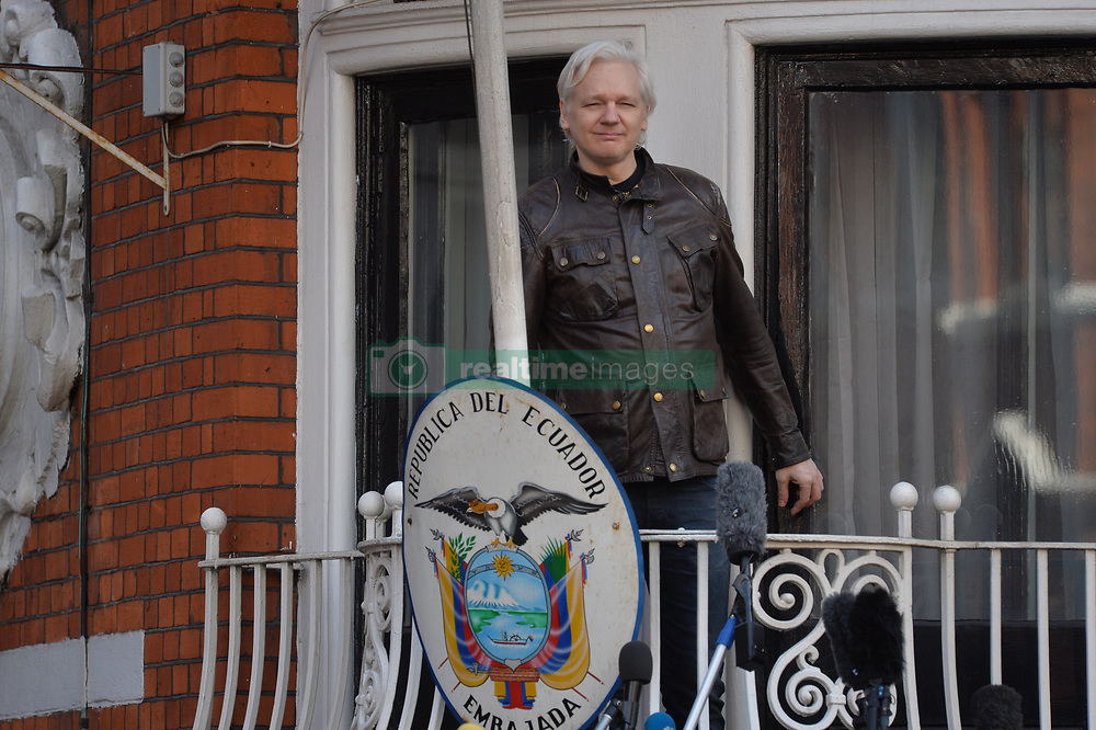 May 19, 2017 - London, London, United Kingdom - Image ©Licensed to i-Images Picture Agency. 19/05/2017. London, United Kingdom. Sweden drops rape probe against Julian Assange. Julian Assange outside the Ecuadorian Embassy after  Sweden drops rape probe against WikiLeaks founder..Picture by Andrew Parsons / i-Images (Credit Image: © Andrew Parsons/i-Images via ZUMA Press)
