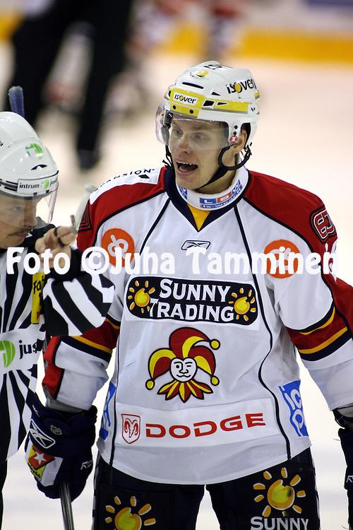 01.11.2008, Isom?en halli, Pori..J??kiekon SM-liiga 2008-09..?ss?t - Jokerit.Kalle Kerman - Jokerit.©Juha Tamminen.....ARK:k