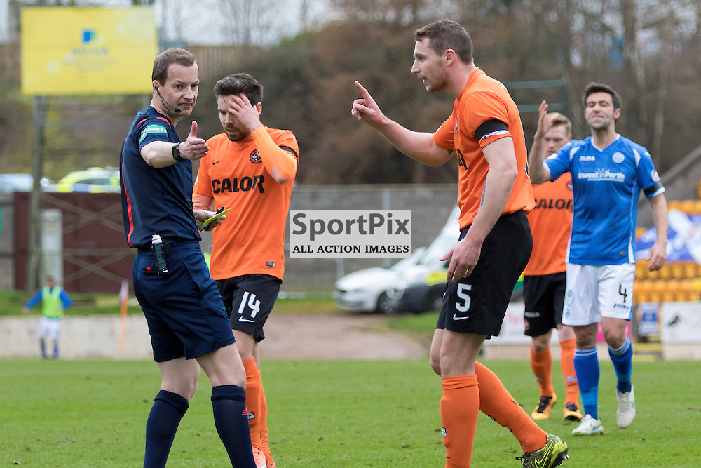 After St Johnstone's David Wotherspoon goes down in the box, Dundee Utd's Callum Morris asks ref Wullie Collum why there was no red card for diving.McDiarmid Park pre kick off. St Johnstone v Dundee Utd, Scottish Premier League, 02 April 2016.