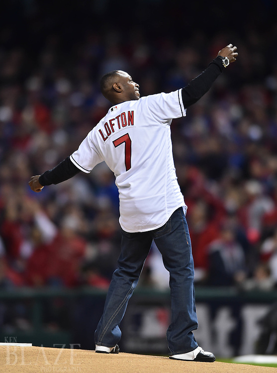 Oct 25, 2016; Cleveland, OH, USA; Cleveland Indians former player Kenny Lofton throws out the ceremonial first pitch before game one of the 2016 World Series against the Chicago Cubs at Progressive Field. Mandatory Credit: Ken Blaze-USA TODAY Sports