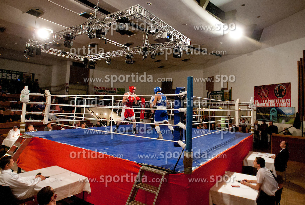 29.10.2011, Stadtsaal, Lienz, AUT, Dolomiten Box Turnier 2011, im Bild Mikael Gagajev (AUT, L) im halb-Schwergewichts Kampf bis 81 Kg gegen Gianluca Rosciglione (ITA, R) // Mikael Gagajev of Austria ( L ) during half-heavyweight boxing fight against Gianluca Rosciglione of Italy ( R ) at Dolomite Boxing tournament 2011 at Stadtsaal in Lienz, Austria on 29/10/2011. EXPA Pictures © 2011, PhotoCredit: EXPA/ Johann Groder